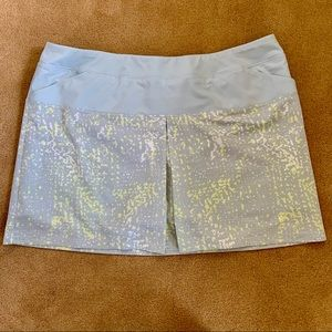 Adidas pixelated print golf skort skirt